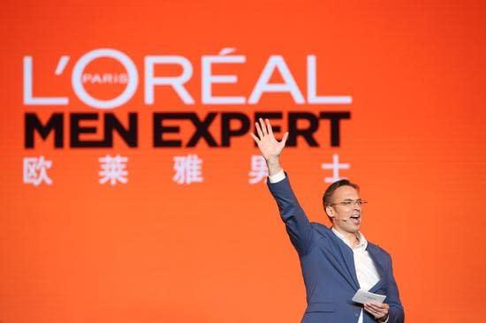 歐萊雅中國副總裁、大眾化妝品部總經理杜涵泰先生